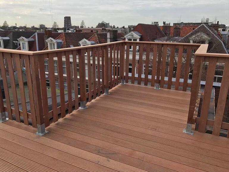 Wonderlijk WoodWork Almere | Houten vlonder op dakterras plaatsen DP-25